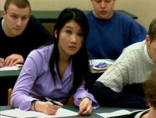 Schülerin im zweisprachigen Unterricht