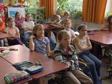 Blickkontakt zwischen Klasse und Lehrer